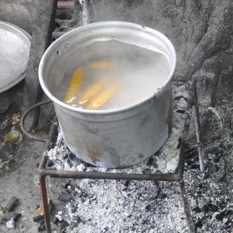 rebar inverted pyramid charcoal stove