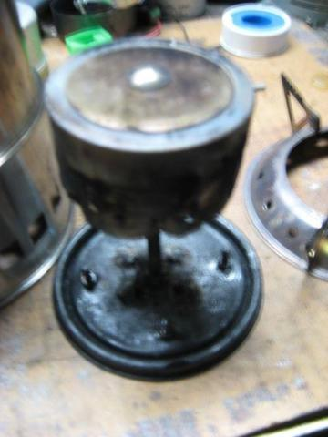 Stove insert and perforated pot support ring